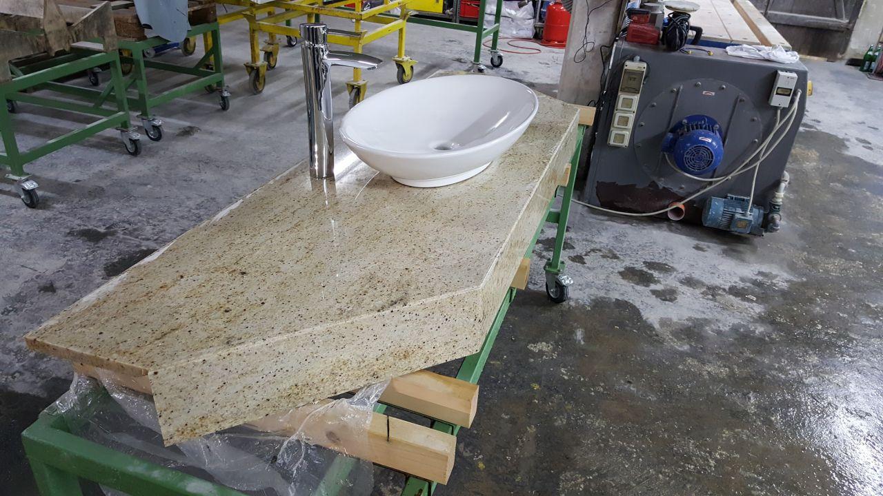 """Waschbecken mit Massivoptik - Granit: Material """"Cielo de Ivory"""""""